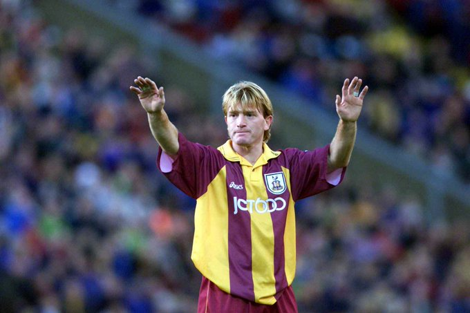 We\d like to wish our manager, Stuart McCall a very happy 53rd birthday. Have a great day gaffer!
