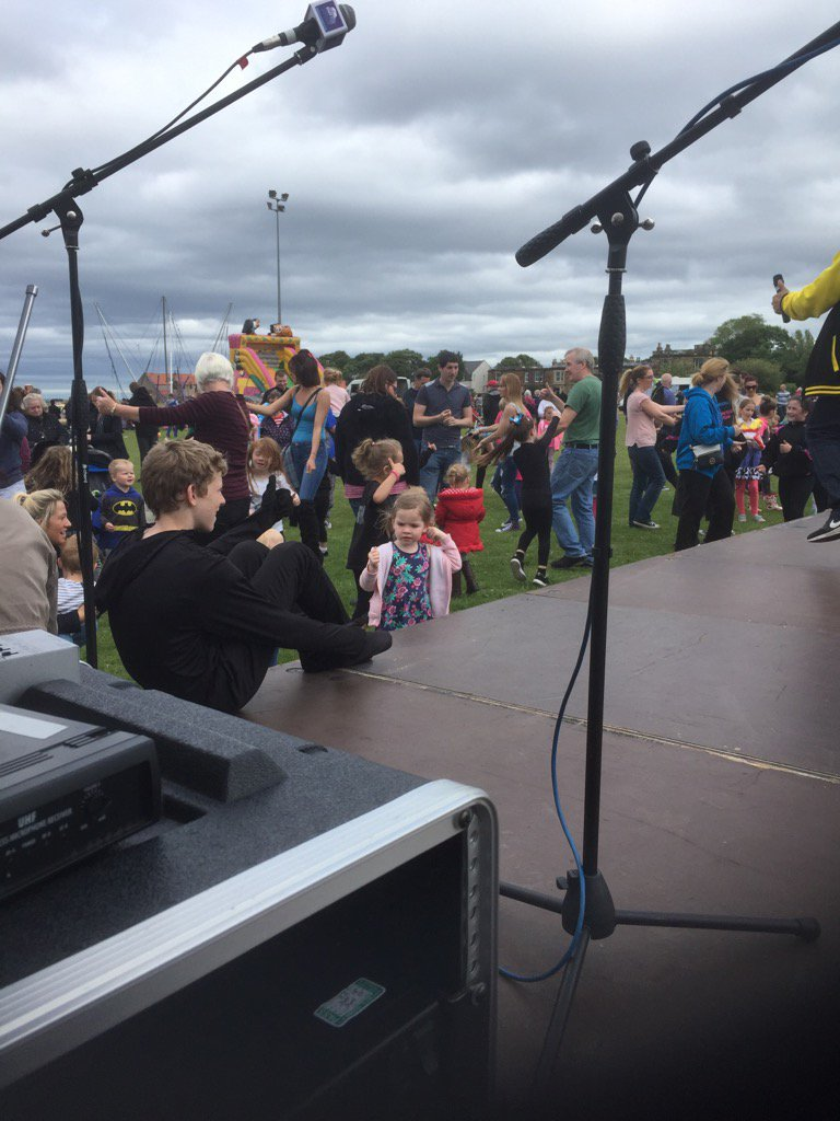 test Twitter Media - The dance crew in full effect@LothianLoop  @elcourier @MaclennanLorna https://t.co/ase4tu1ZCc