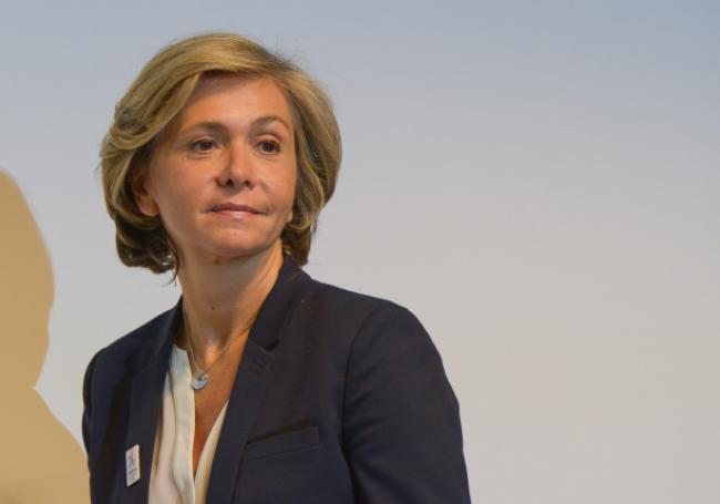 """Valérie Pécresse veut """"nettoyer"""" le quartier de La Chapelle-Pajol >> https://t.co/AhHqL7T0Em"""