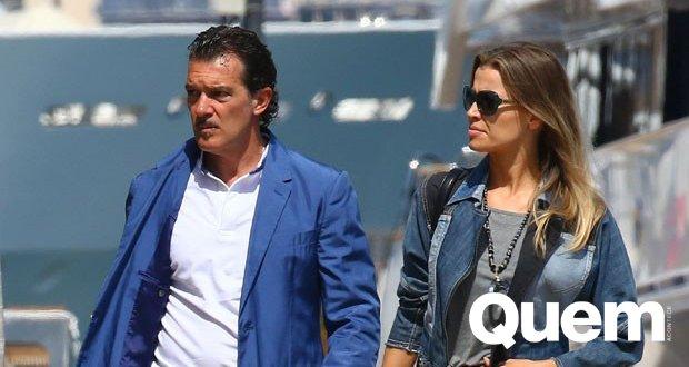 Será que vem mais um filho para o ator?  Namorada de Antonio Banderas exibe barriguinha suspeita em passeio com ator https://t.co/VbS2AzznKa