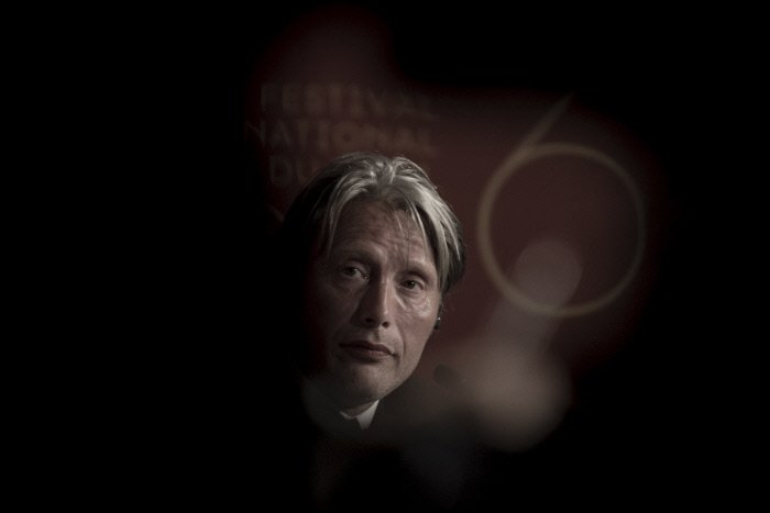 #MadsMikkelsen at the #Cannes 2016 jury press conference <br>http://pic.twitter.com/vx8dizPZu7