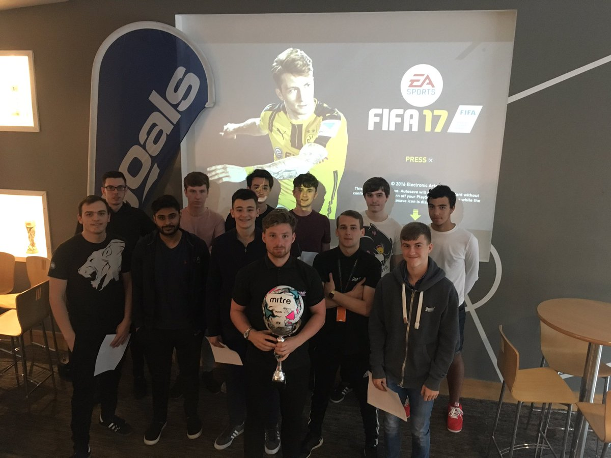 Today&#39;s Bank Holiday FIFA tournament kicks off with 12 gamers ready for action @goals_leicester #FIFA17 <br>http://pic.twitter.com/tAGXDadk2O