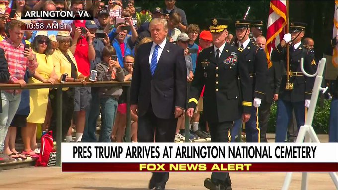 .@POTUS arrives at Arlington National Cemetery
