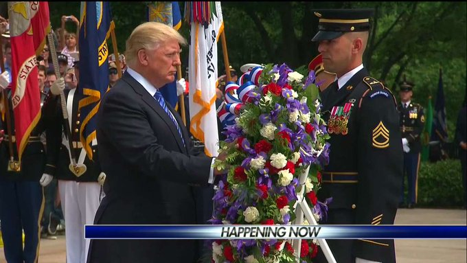 .@POTUS honors the fallen men and women of the Armed Forces with a wreath-laying ceremony at the Tomb of the Unknown Soldier.