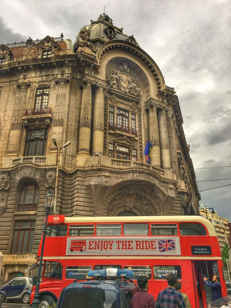 today is all about red on wheels! #londonbus  #Romania #Bucharest #Red #experiencebucharest<br>http://pic.twitter.com/pi9kmVw3Hc