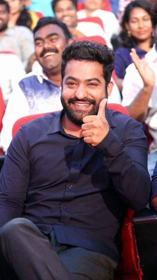 Tarak annaya gng to host bigboss in #star maa.... All the best annaya  #NTRhostingBigBossTelugu<br>http://pic.twitter.com/vTh4DQgKtq