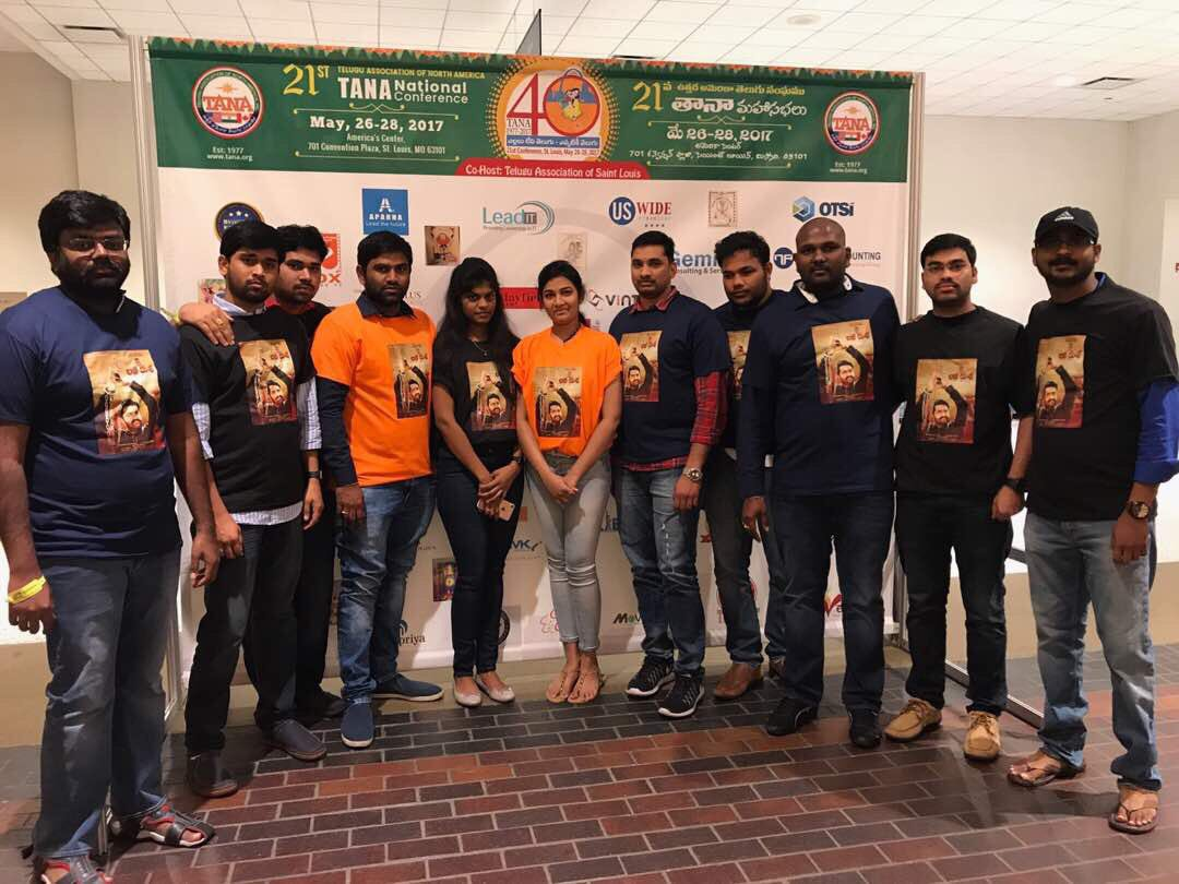 Fans with Young Tiger NTR @tarak9999 &#39;s #JaiLavaKusa t shirts and posters that were distributed as souvenirs at #tana2017 #USA  <br>http://pic.twitter.com/1X0aQpQHeF