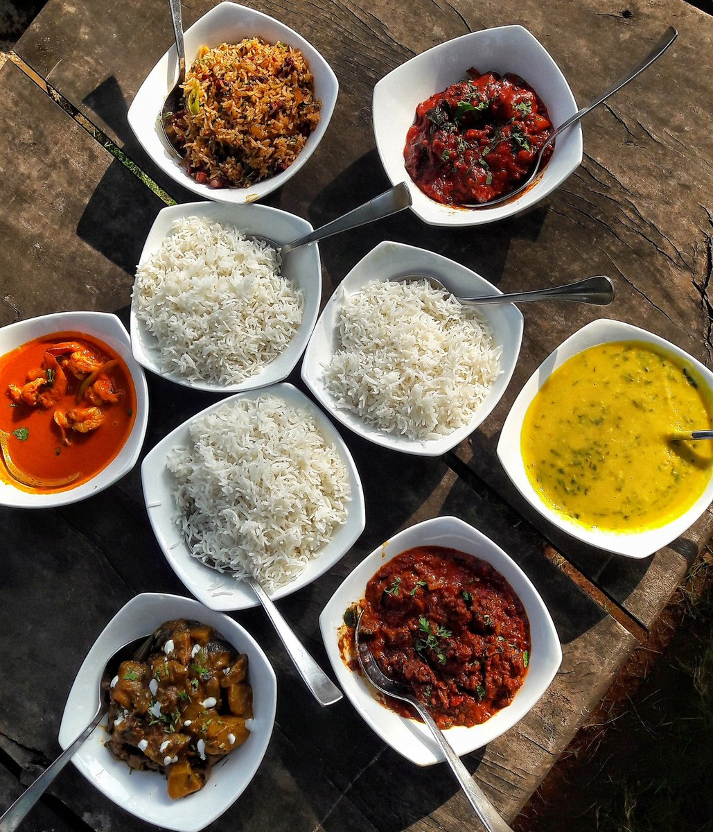 #GOA !!! Who is up for a Round Two of : Maddening Lunches,  Beautiful Brunches,  Roadside Munches &amp;, Midnight Binges !! #travel <br>http://pic.twitter.com/Zy2j9lJaxl
