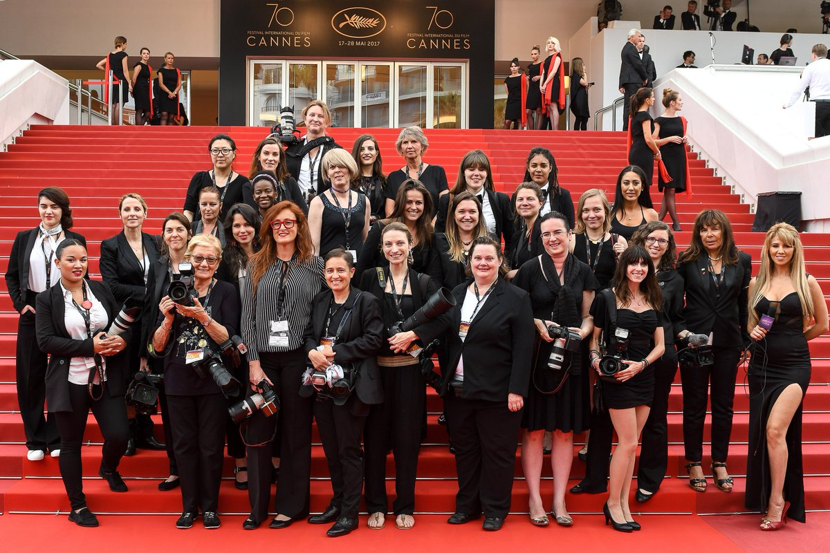 Here&#39;s a great photo of all the female photographers/camera women who worked on the red carpet at #Cannes 2017. Photo credit @Ammarparis.<br>http://pic.twitter.com/MUthkNzsLk