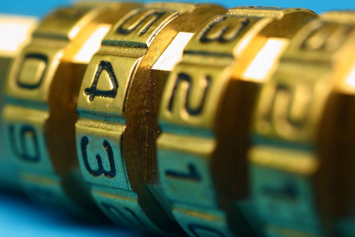 Big Data Needs Big Security. Here's Why.  http:// buff.ly/2qiK1hv  &nbsp;   #CyberSecurity #InfoSec #BigData<br>http://pic.twitter.com/PGsSjueDMv