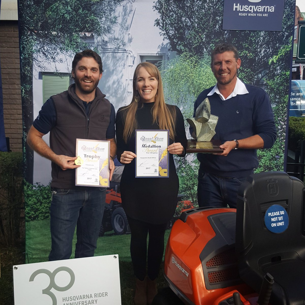 Congrats @Husqvarna_ZA #H-Team for bagging a Gold Medallion &amp; the Telkom Customer Service Trophy for our stand @RoyalShowPMB #HuskyProud<br>http://pic.twitter.com/lM7sC5YNxI