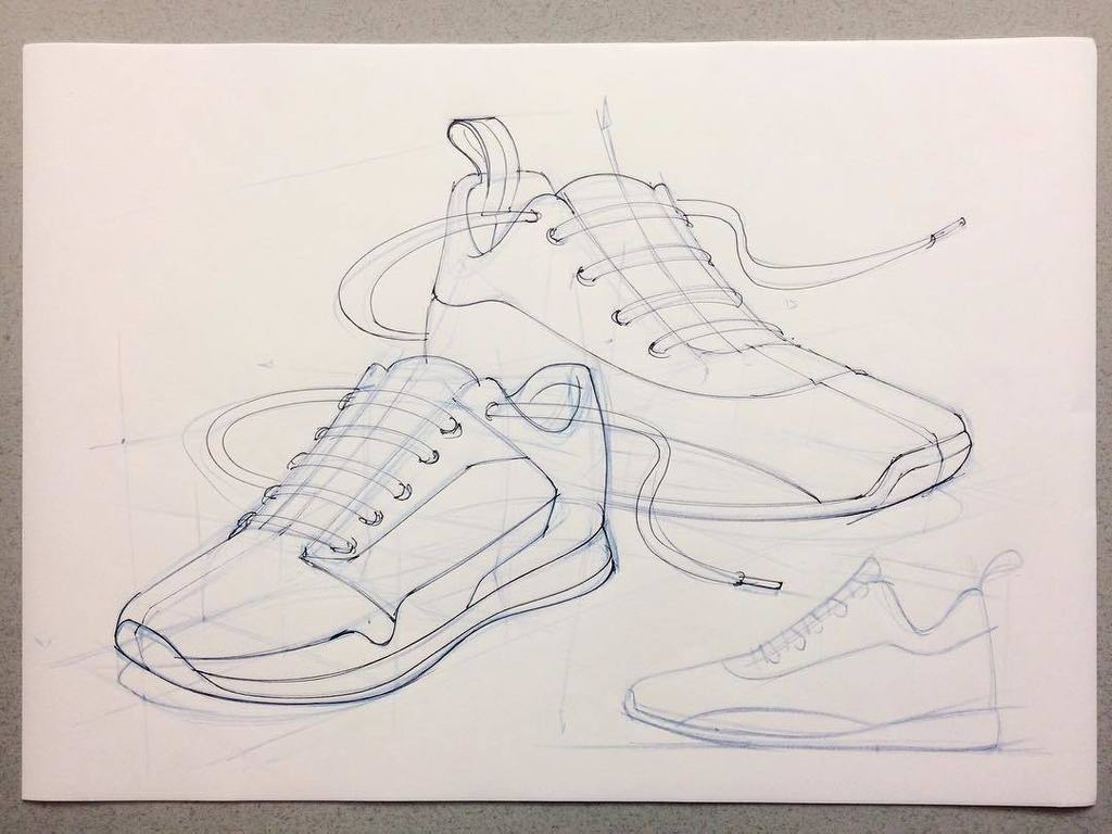 Love teaching this class on complex geometry! Finally time to sketch some sneakers  #designsketching #sketch #sketching #sketchdrive #foot… <br>http://pic.twitter.com/4zS4FpKweo