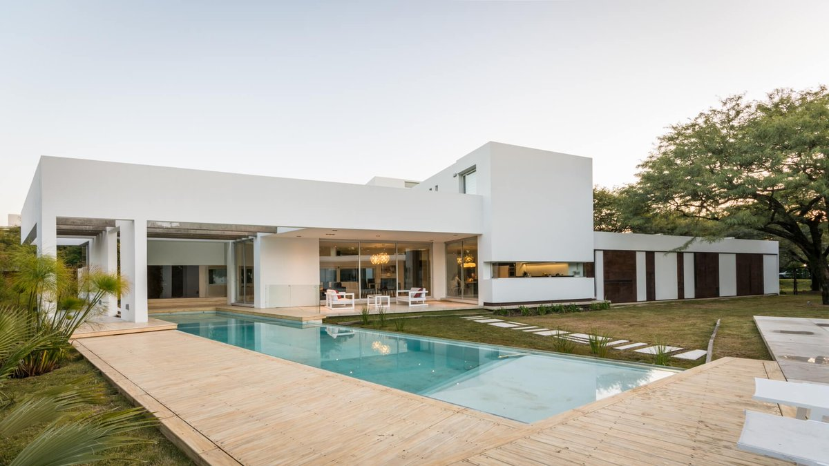 MOOE House by FCP Arquitectura |  http://www. homeadore.com/2016/08/25/moo e-house-fcp-arquitectura/ &nbsp; …  Please RT #architecture #interiordesign <br>http://pic.twitter.com/B0YpZeZSiT