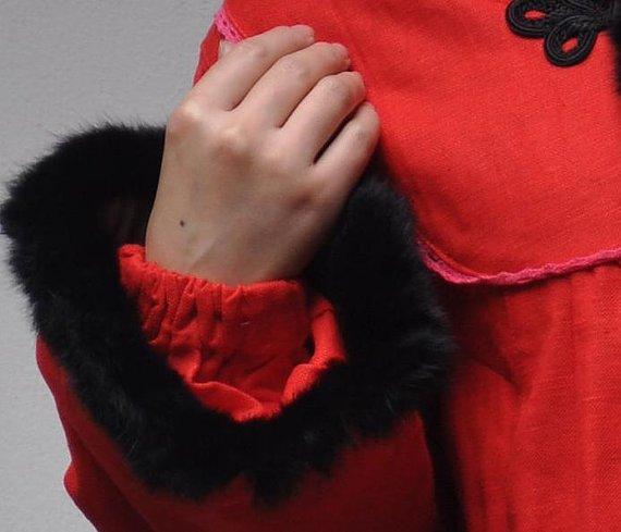 #red Loose fitting padded #coat  http:// etsy.me/2qv5Ewb  &nbsp;  <br>http://pic.twitter.com/fLILWYRFhL