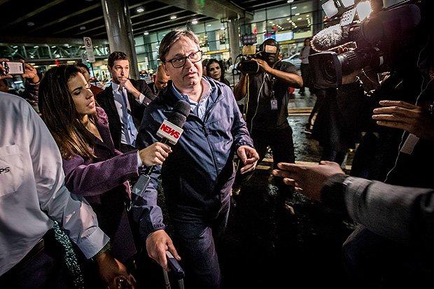Advogado deixa a defesa de Rodrigo Rocha Loures, o 'deputado da mala' https://t.co/qpg7kIeUJV