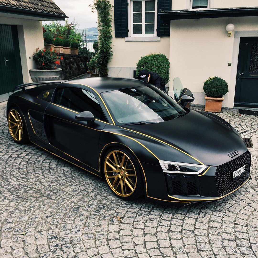 Audi Daily On Twitter Matte Black Audi R8 V10 Plus With Gold