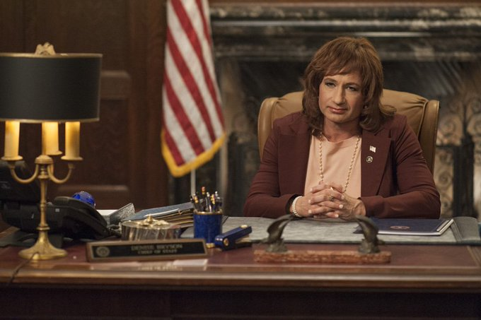 David Duchovny returned as Denise Bryson in #TwinPeaks - and it was a touching moment https://t.co/BkH1EaWeT9