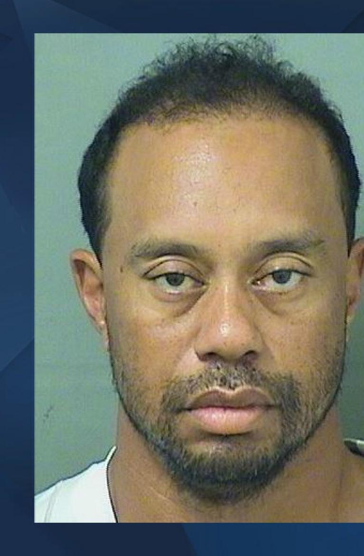 'Sous influence' au volant, Tiger Woods a été arrêté par la police en Floride https://t.co/KFVQn0r3Q1