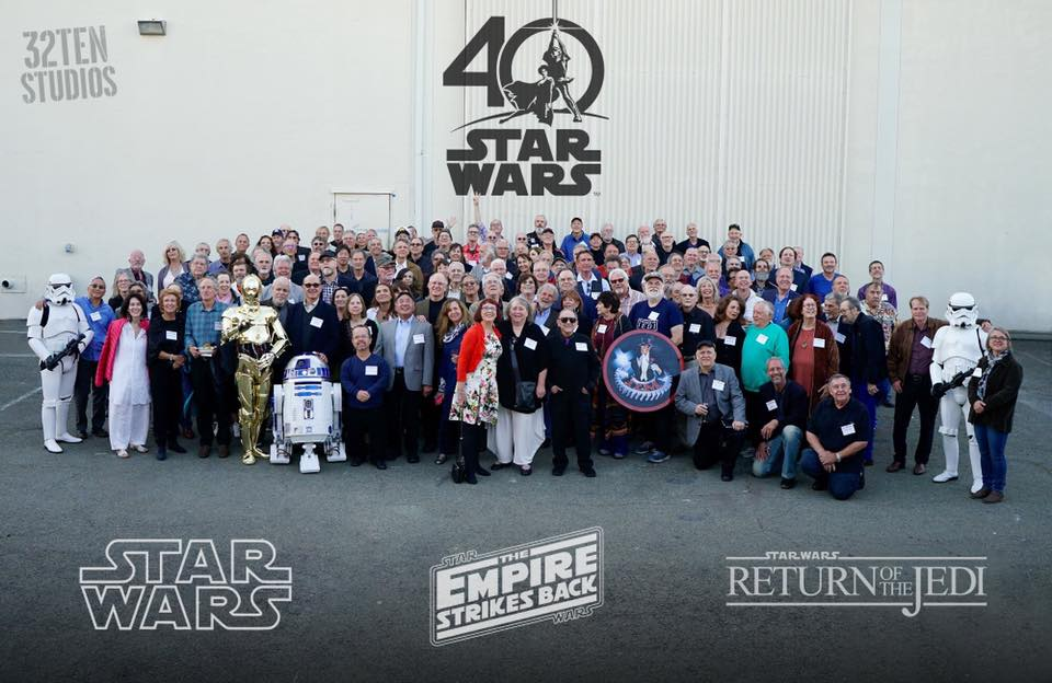 On Saturday, a group of people met in San Rafael, California to celebrate the 40th anniversary of the release date of #StarWars. 💥🌉🌟🖤🌎💞☄️💗🎨🏆 https://t.co/uueFUgUIqQ