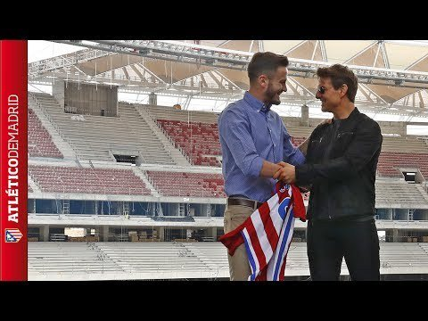 This was Tom Cruise's visit to the Wanda Metropolitano  http:// dlvr.it/PGcsYs  &nbsp;   #Atlético <br>http://pic.twitter.com/Vl06CPm7Ry
