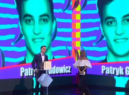 Patryk Grudowicz z nagrodą Debiut Roku!   #WGGP #Plejada #GalaPlejady #Plejadapl   https://www.facebook.com/plejadapl/videos/1361428573893146/…pic.twitter.com/ifFjfoZL94