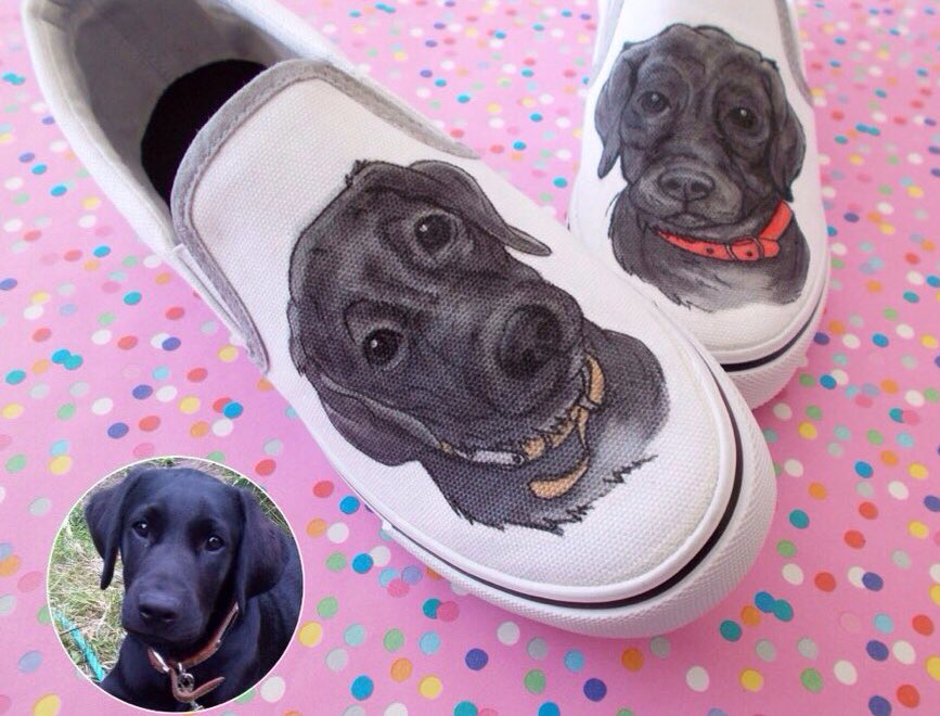 Portraiture with a difference   http:// gemsville.etsy.com  &nbsp;   #creativebizhour #illustration #pet #portrait #sneakers #custom #shoeart<br>http://pic.twitter.com/7O1rVKAyDP