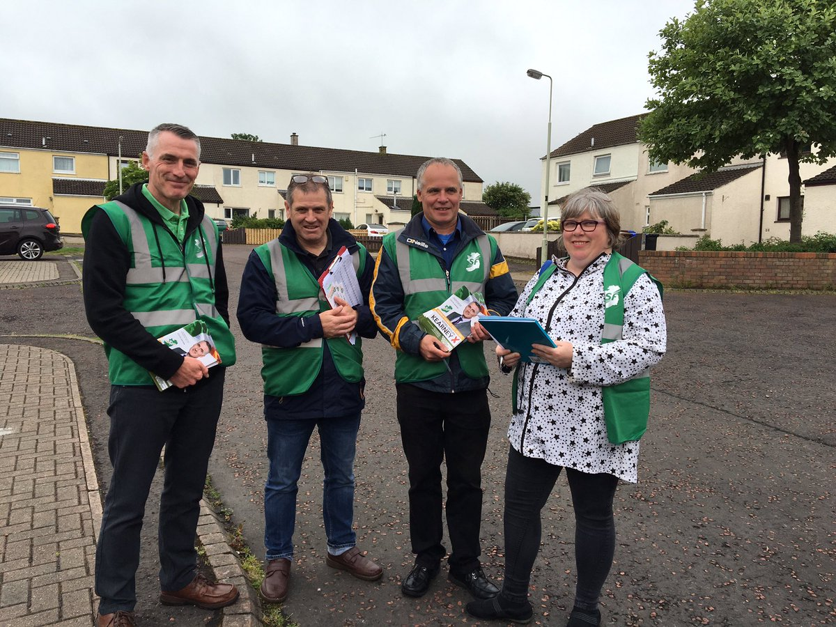 @southantrimsf canvassing in all areas, all day!  #Rathenraw #Dermont Maith sibh teams!  #Equality #Rights #Unity<br>http://pic.twitter.com/pLBaqpNDpW