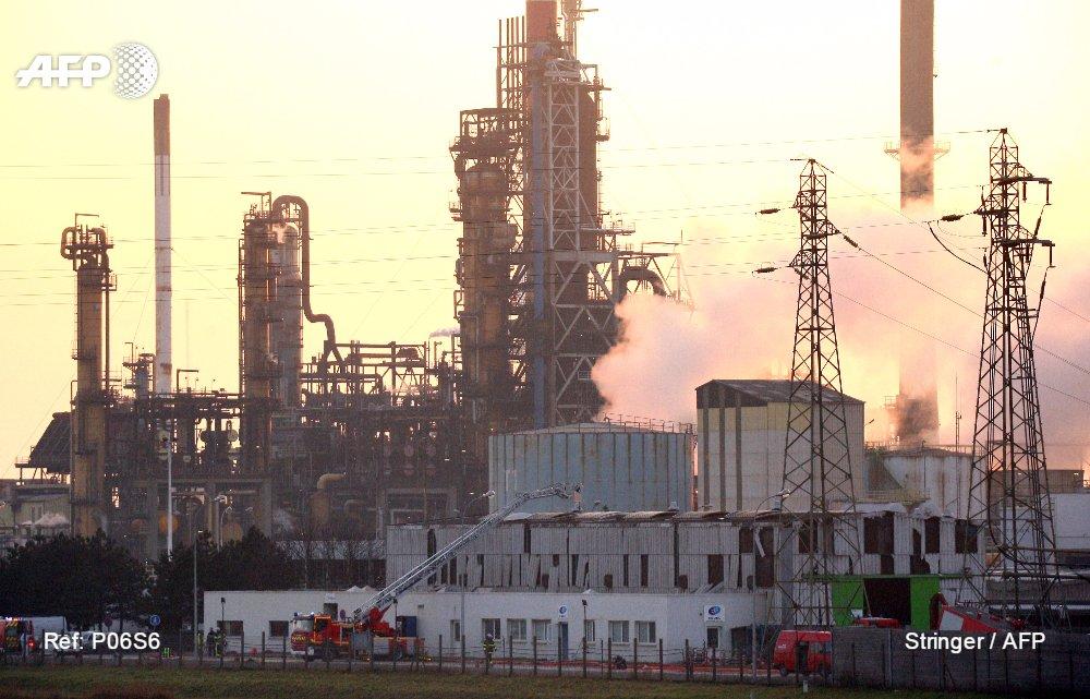 Explosion mortelle dans une raffinerie Total: le difficile récit des blessés https://t.co/vX5nNnNwgs #AFP