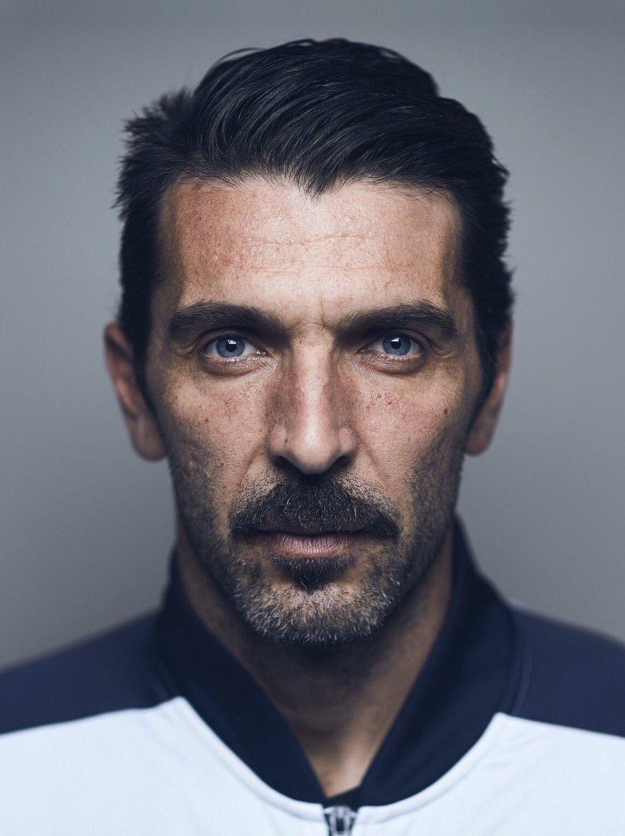 This man is soo beautiful #Buffon <br>http://pic.twitter.com/dda3l8ZuuI
