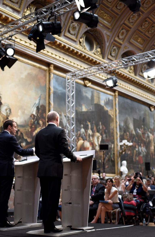 Que sont Sputnik et Russia Today, ces deux médias critiqués par Macron devant Poutine ? https://t.co/VcqKWulh7W