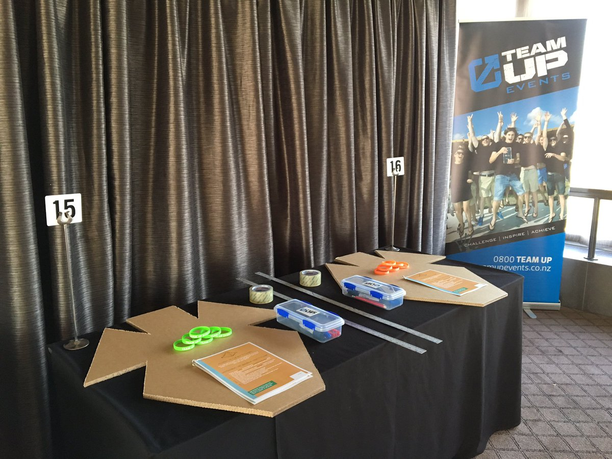 Getting ready for #flatoutpyramids at the @PullmanAuckland today #meetings2017 https://t.co/hnXnYLe2aI