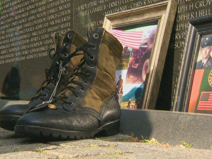 Mementos on the Wall: Remembering Vietnam veterans https://t.co/JAVtbfwSRA