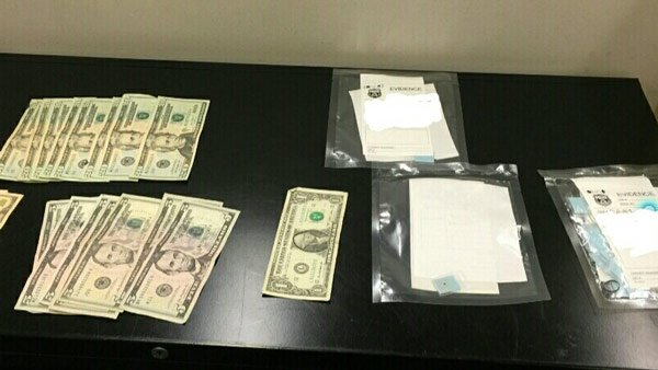 2 undercover SEPTA officers offered heroin, arrest made https://t.co/PPId7AX8tN