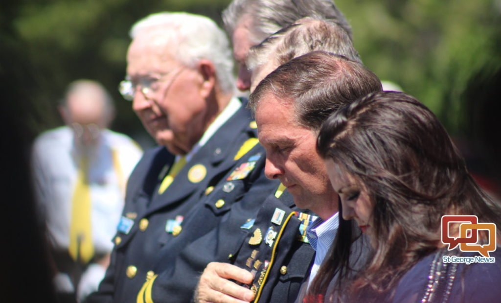 Memorial Day services honor those who 'gave the ultimate sacrifice' #MemorialDay #StGeorge #SoUtah #veterans  http:// stgeorgeutah.com/news/archive/2 017/05/29/mgk-memorial-day-services-honors-those-who-gave-the-ultimate-sacrifice/#.WSzOaSMrLx5 &nbsp; … <br>http://pic.twitter.com/Wc9uCWLMuv