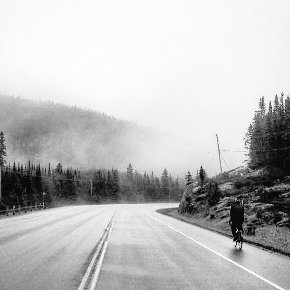 Day23 #tour foggy, rainy &amp; cold.. to bring #music to people &amp; raise funds @ATAforCharity @canada150_music #songwriter #bestmusic #bikeguitar<br>http://pic.twitter.com/5B9P3sOaDV