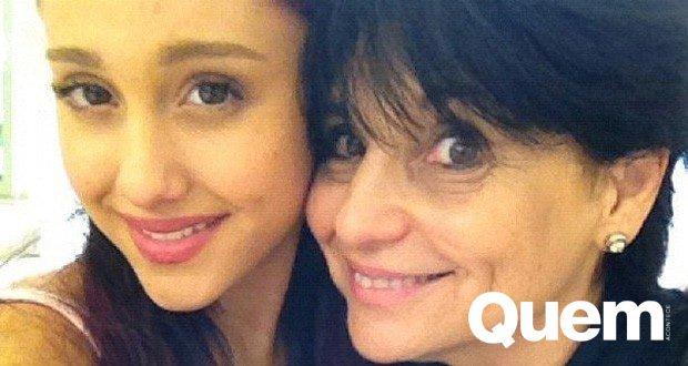 Mãe de #ArianaGrande quebra silêncio após ataque: 'Ato diabólico' https://t.co/WoX8oeALM0 #MemorialDay