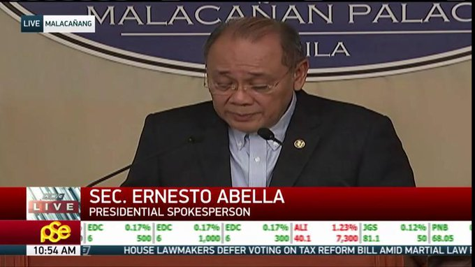 NOW: The Palace holds a press briefing.