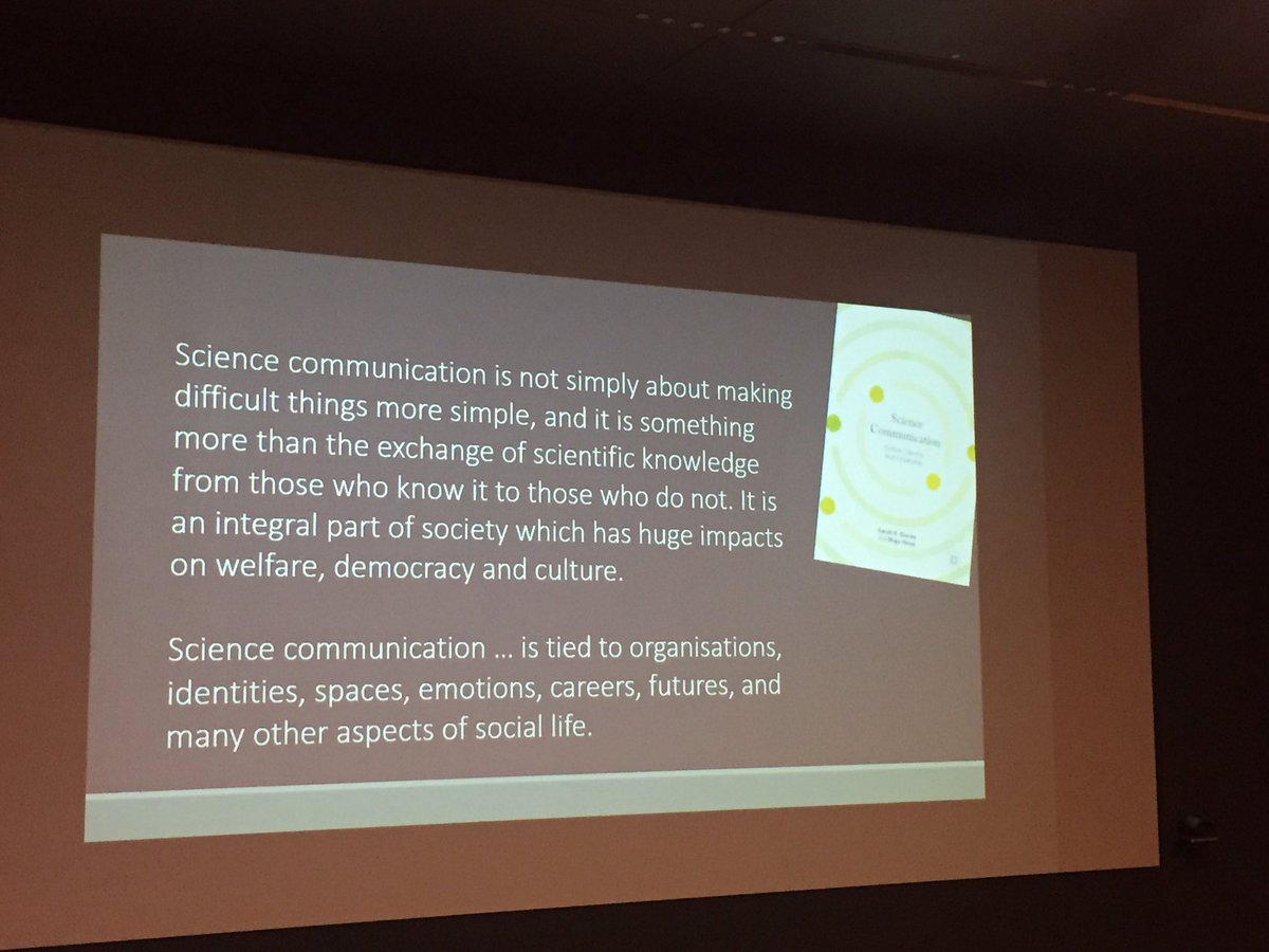 #Scicomm is more than just explaining difficult things @b_trench which is why we *need* communication *specialists* I&#39;d say  #pari2017<br>http://pic.twitter.com/qnoLlZjXVg