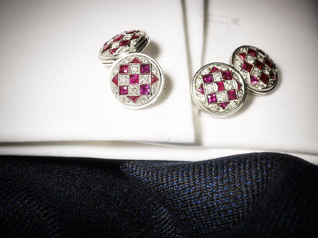 Glittering #online sale The Ballyedmond Collection Part II: Gentlemen's Accessories - open for bidding until 5 June  http:// bit.ly/2r6CaYa  &nbsp;  <br>http://pic.twitter.com/5LnbSfVA0W