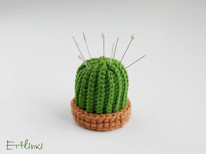 Cactus Pincushion Sewing accessories Desk Decoration Sewing gifts for crafters Crochet cactus decor Cute pin cushion Fake plant Succulent