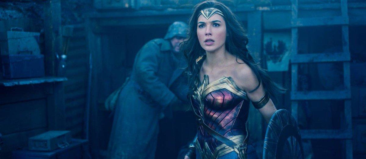 Segundo as críticas iniciais, 'Mulher-Maravilha' é o melhor filme da DC desde o Batman de Nolan. https://t.co/WMCP0bTDeN