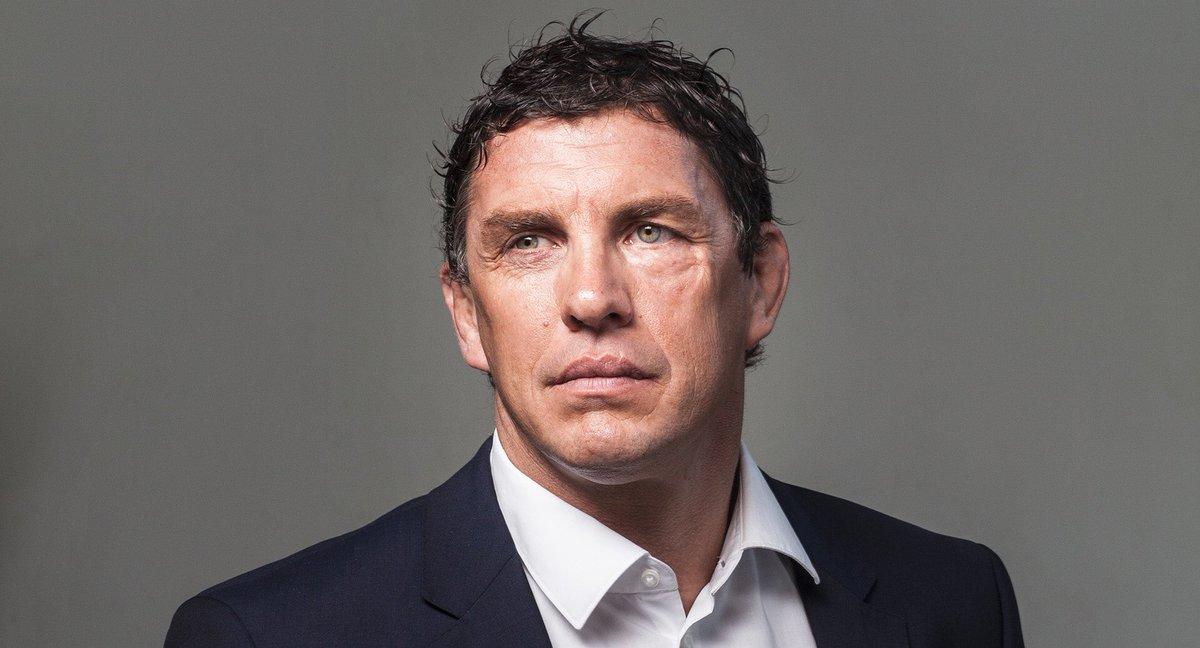 Félicitations à @didierlacroixx nouveau Président du @StadeToulousain. Tous mes vœux de succès ! #Toulouse