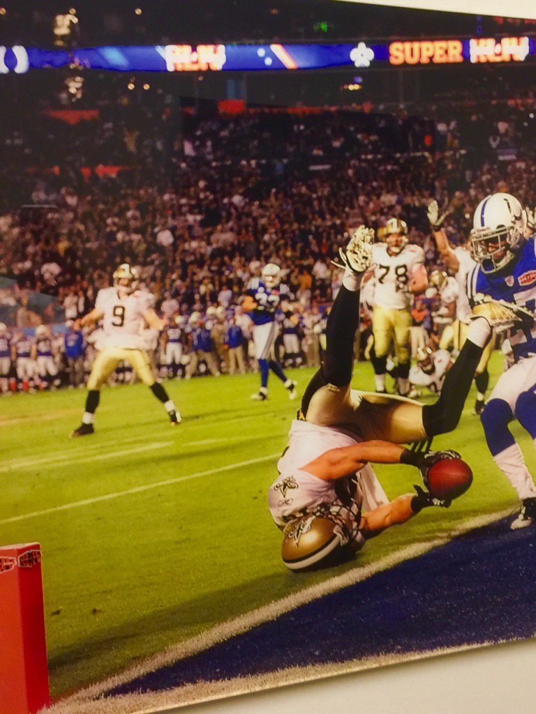 Pretty cool catch in @saints history by a pretty cool guy @LanceMoore16 https://t.co/vvvlIuBjXy