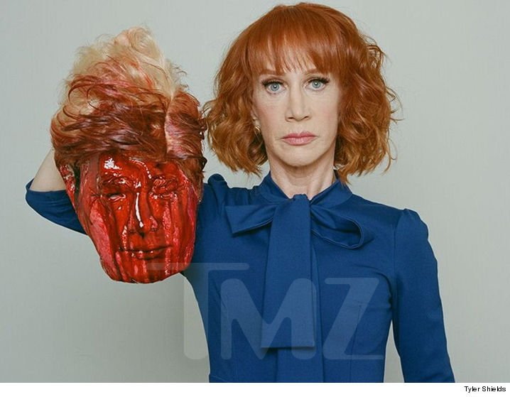 Hey @CNN - will Kathy Griffin be hosting your New Year's Eve show again? Your advertisers would like to know. https://t.co/ngzHbBcPhN