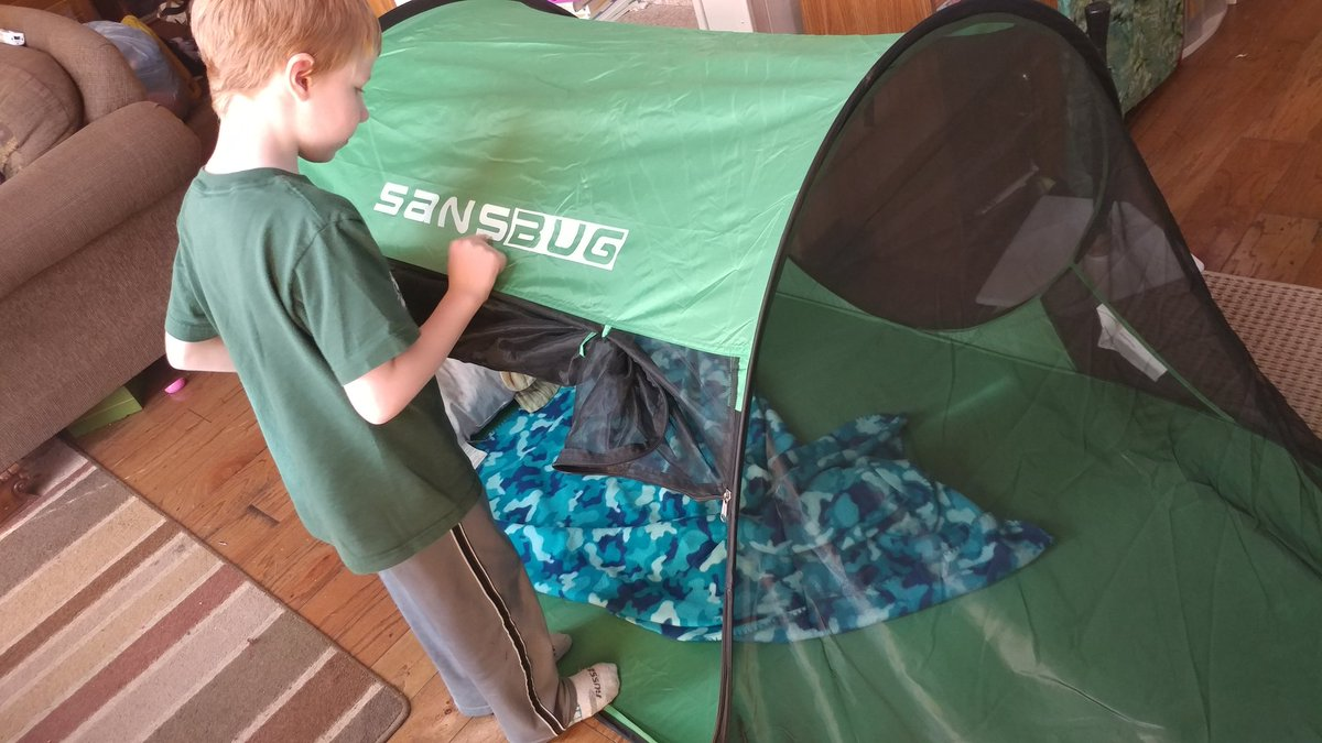 Getting new gear in the mail for review! Looking forward to testing out this #sansbug bug tent! #outfam #GearMeOutpic.twitter.com/WRKMsjvkjd & sansbug hashtag on Twitter