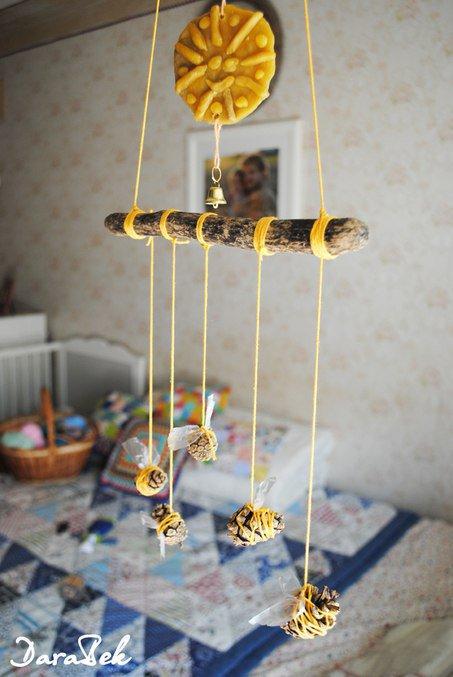 фото сова из шишек