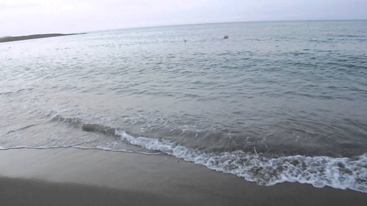 #Algeria: Body of woman, died in mysterious circumstances, found on #Boulimat beach in #Bejaia   https://www. dzbreaking.com/2017/05/31/bod y-woman-died-mysterious-circumstances-found-boulimat-beach-bejaia/ &nbsp; … <br>http://pic.twitter.com/KLMsxjySKz