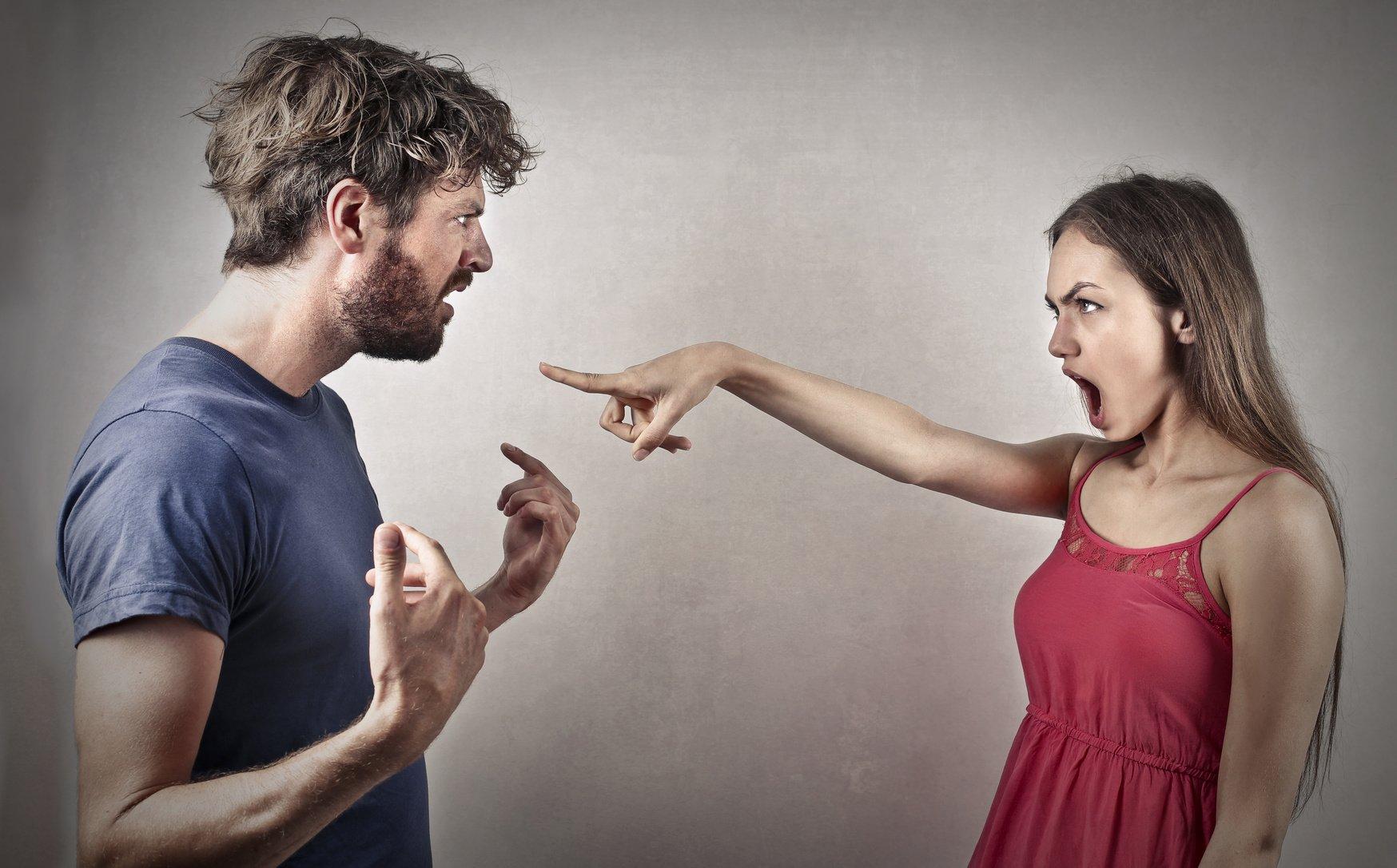 Женская агрессия в интимных отношениях этого