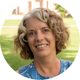 """Next at #OLCCollaborate #OLCwELD is """"Applying Lessons Learned From #MOOCs To The Classroom"""" w Deb Keyek-Frannsen https://t.co/TK5p5FUixv https://t.co/F2cNNicK77"""