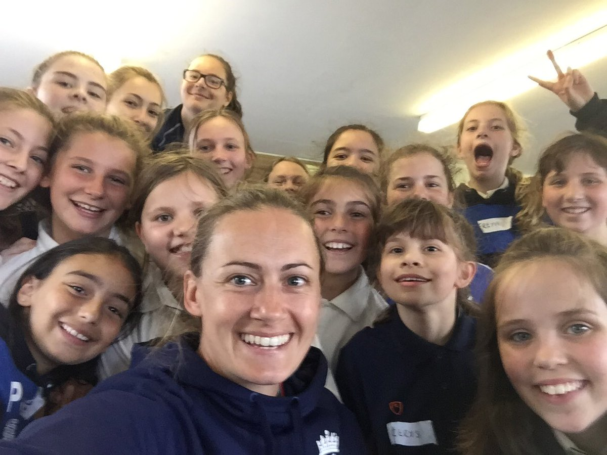 Lovely little coaching session for @cricketforgirls with this bunch yesterday